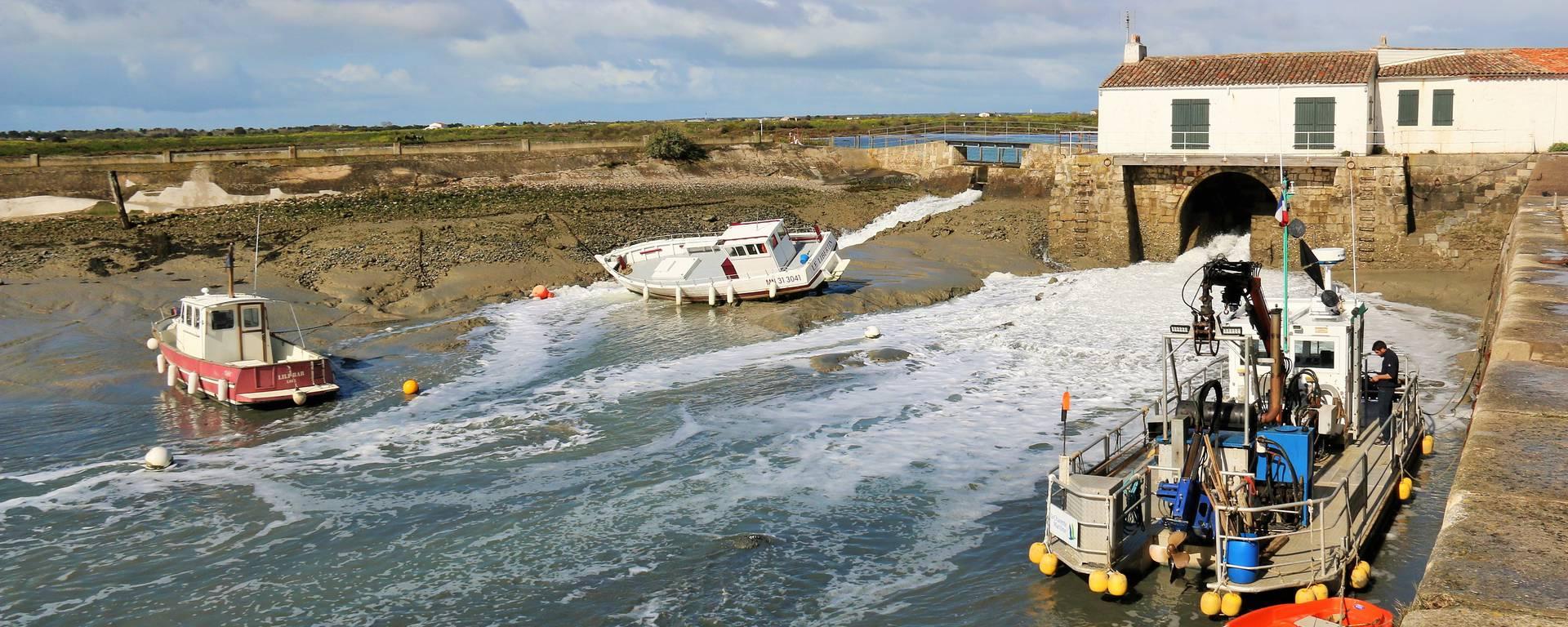 Port de Loix, Ile de Ré PAR Lesley Williamson