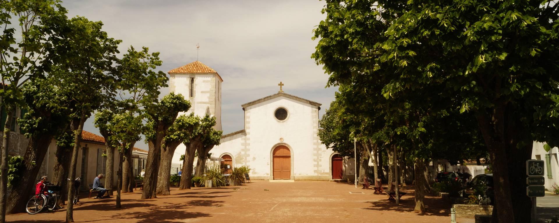 L'église de Loix, Place de la mairie par Pierre Galine