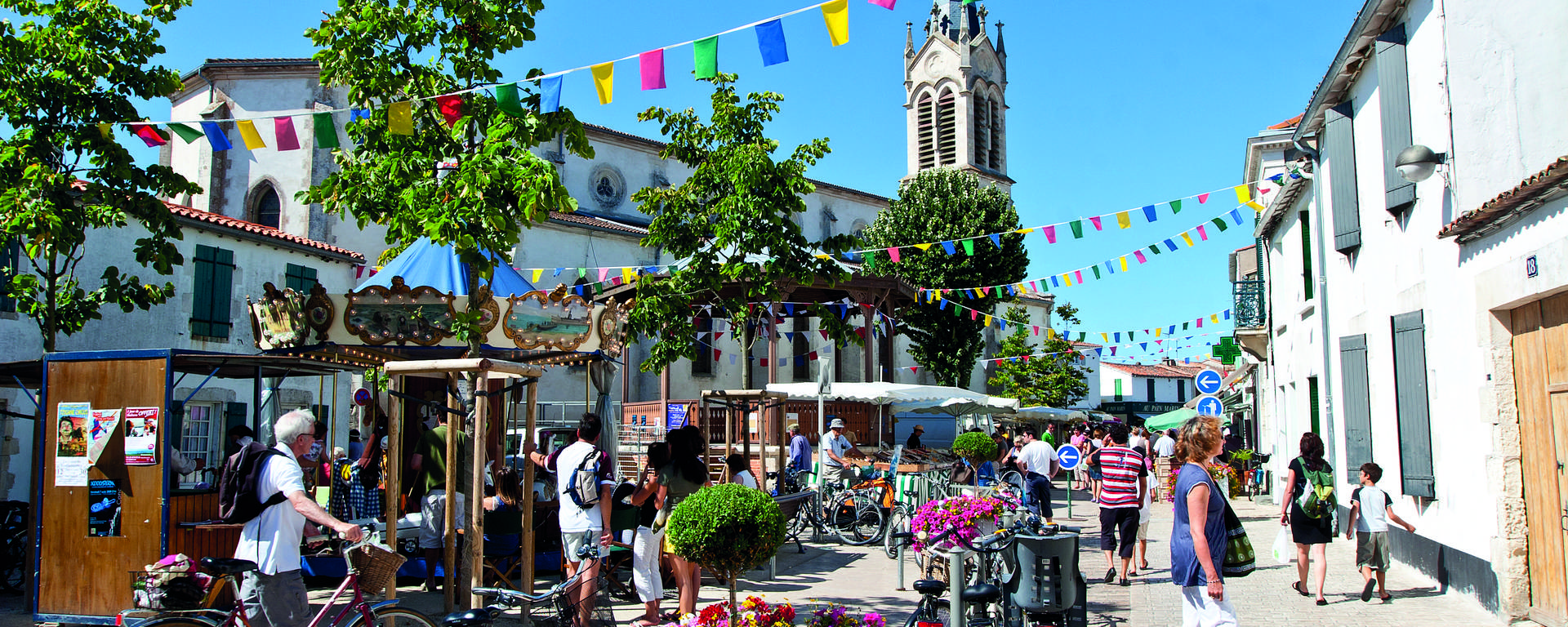 Centre du village de la Couarde (c) François Blanchard