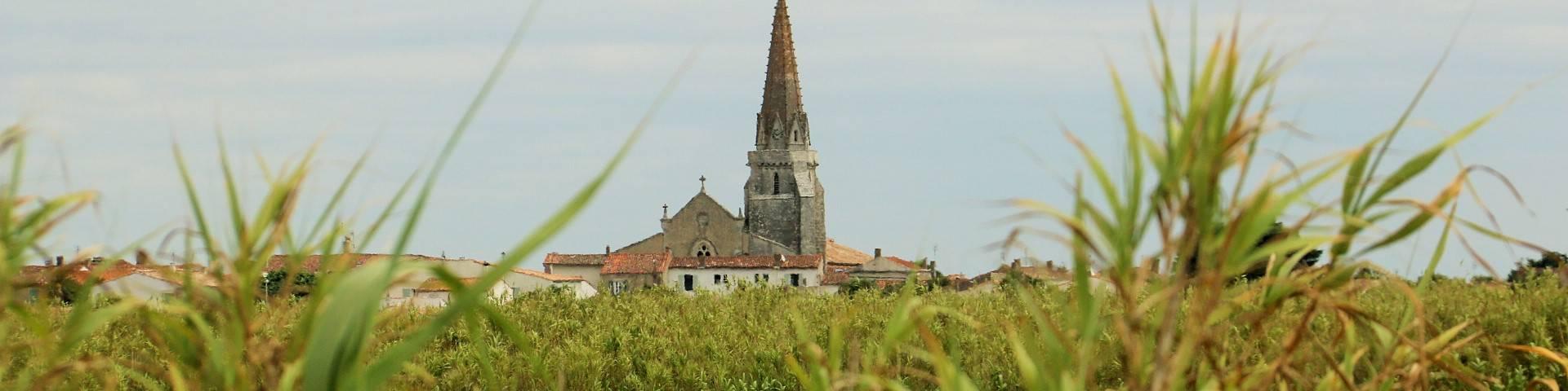 Eglise de Saint-marie-de-Ré par Lesley Williamson