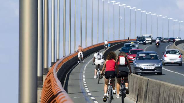 pont circulation ©yann werdefroy
