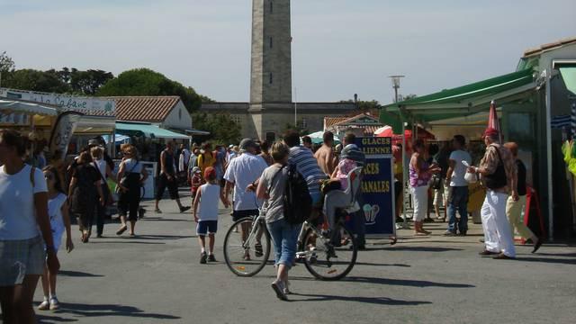 Les commerces et services à Saint-Clément-des-Baleines