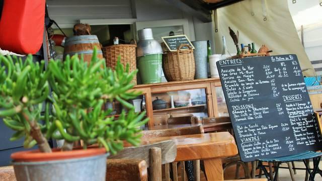 Dégustations produits locaux restaurants et marchés
