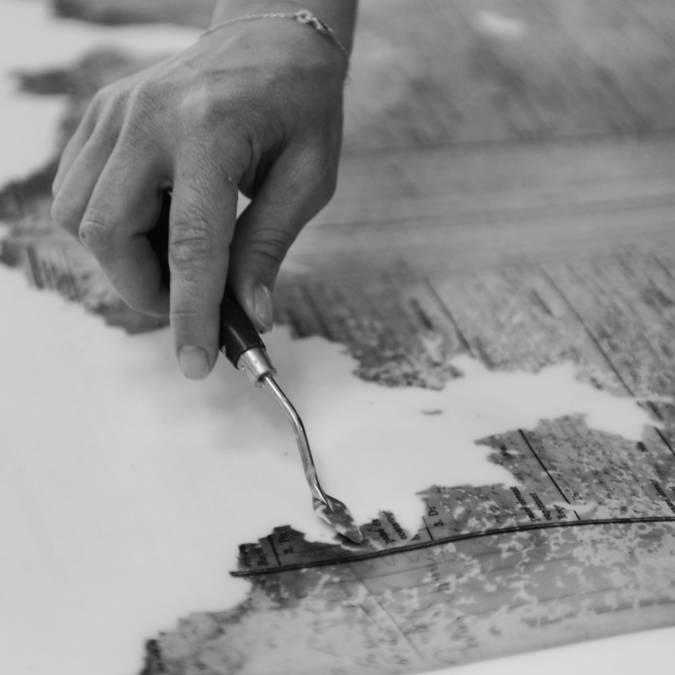 Restauration de vieux documents Photo ©Atelier Quillet