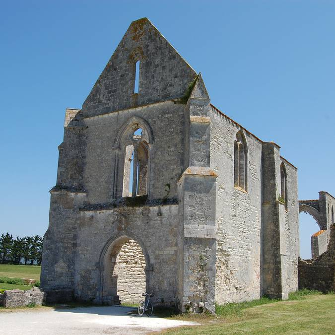 Abbaye des Chateliers ©Géraldine Jubien